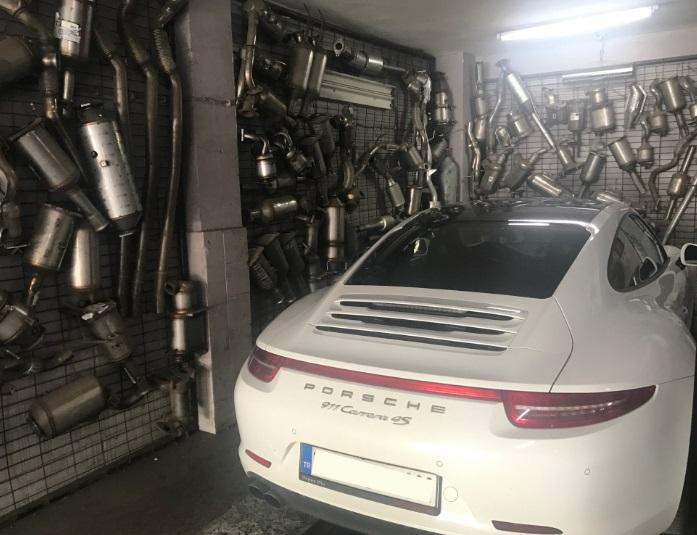 Porsche Carrera 911 4S Katalitik Konvertör Değişimi